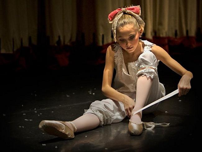Egy nap a balerina életében. Hogyan élnek a balerinák és mit esznek?
